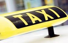 Primăria va suspenda licența taxiurilor care iau călătorii din stațiile de autobuz