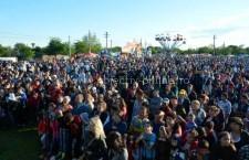 Zilele Comunei Modelu / Mii de oameni prezenți în prima zi de sărbătoare