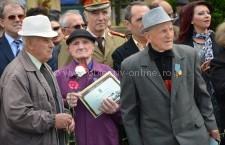 Călăraşi/Ceremonie militară şi religioasă de Ziua Veteranilor de Război (FOTO)