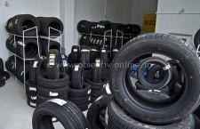 Firmă din Călăraşi, sancţionată de poliţişti pentru comercializarea de anvelope, fără documente de provenienţă