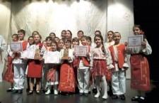 """13 premii au obţinut elevii Palatului Copiilor Călăraşi la Concursul de Muzică Populară """"La fântâna dorului"""""""