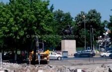 Primăria Călărași/Au început lucrările la parcarea instituției