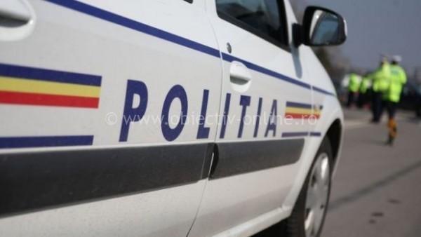 Olteniţa/Troiţă, distrusă de o maşină condusă de un bărbat, aflat sub influenţa alcoolului