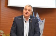 Primarul Drăgulin a semnat astăzi contractul de finanțare pentru finalizarea blocului de locuințe sociale G15