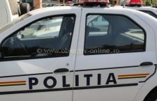 Călăraşi/Un tânăr a fost prins de poliţişti, pe strada Victoriei, în timp ce fura bunuri dintr-o maşină