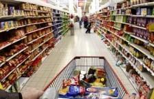 Dacă îşi păcălesc clienţii, comercianţii vor trebui să restituie banii pe produse şi servicii