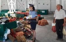 Controalele poliției în piețele din județ s-au soldat cu amenzi de 94.000 de lei