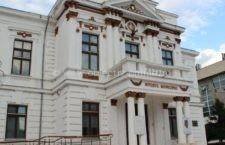 """Expoziție la Muzeul Municipal Călărași – """"Goblenul – pictură cu acul"""""""