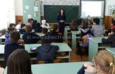 Acţiune desfăşurată de poliţişti pentru prevenirea delicvenţei juvenile la Școala Mircea Vodă Călărași