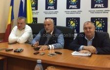"""Filipescu: """"Vasile Iliuță nu a mai candidat la președinția PNL pentru că se făcea de râs, dovadă fiind rezultatele"""""""