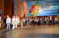 """""""Nouă ne pasă"""" – proiectul de suflet al Școlii Mircea Vodă care a demonstrat că și în Călărași sunt oameni cu inimă mare"""