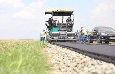 Au fost inaugurate lucrările de asfaltare la DJ 401 C și DJ 412