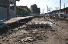 În prezent, pe mai multe străzi din municipiu se desfășoară lucrări de asfaltare