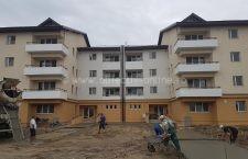 Primăria va înmâna mâine cheile a 30 de locuințe construite prin ANL