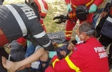 Copil de 12 ani, blocat într-un leagăn din parcul Aurora din Călăraşi
