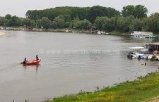 Trupul băiatului de 17 ani dispărut în apele Borcei nu a fost încă găsit