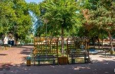 Parcurile din Călărași se redeschid, rămân închise locurile de joacă