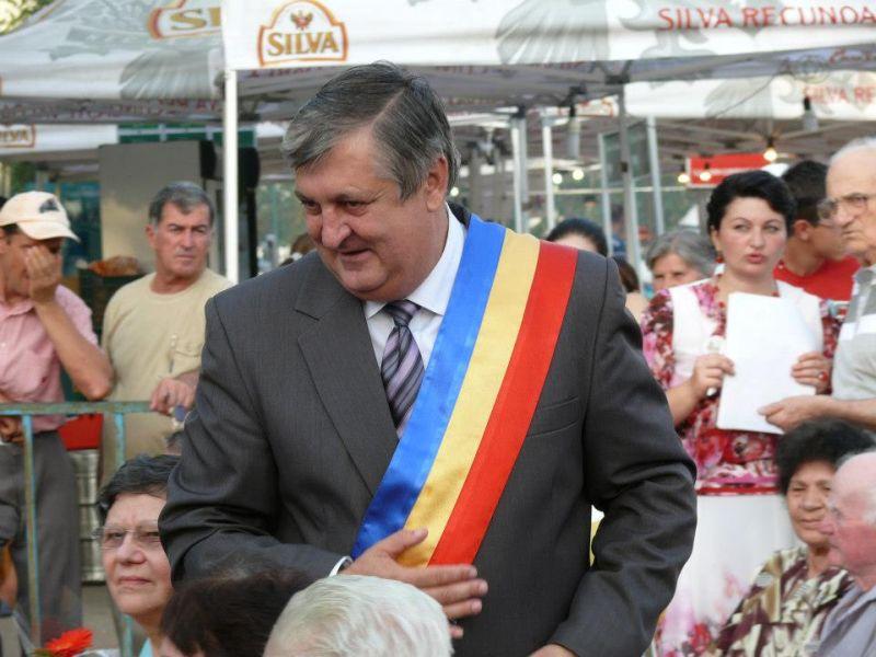 Mesajul primarului Daniel Ștefan Drăgulin cu ocazia Zilei Naționale