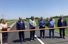 Locuitorii din Socoalele au un motiv de bucurie, drumul care leagă satul de centrul comunei Dragoș Vodă a fost modernizat
