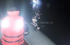 Pompierii continuă și astăzi căutările bărbatului dispărut în Dunăre