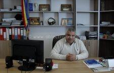 """Grigore Dumitru: """"Am reuşit să finalizăm proiecte importante: asfaltare, pietruire, iluminat public"""""""