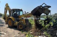 Primăria Călărași demolează grădinile din zona lacului Jirlău